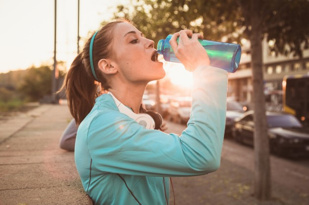 WHY IS IT IMPORTANT TO DRINK WATER? TOP REASONS TO STAY HYDRATED