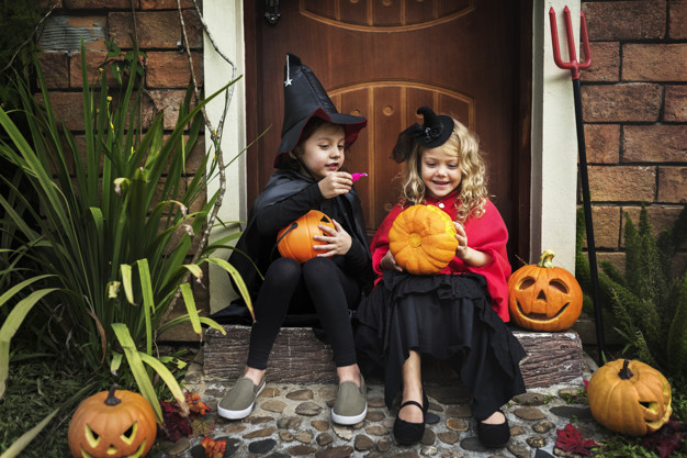 TOP 3 HEALTHY HALLOWEEN TREATS FOR THE WHOLE FAMILY